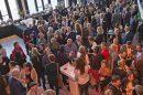 Het VrouwenNetwerk ZaanstadPlus heeft zich in 2010 aangesloten bij ZON, het Zaans Ondernemers Netwerk dat als doel heeft op te treden als koepel voor alle Zaanse ondernemersverenigingen en onze gezamenlijke belangen te behartigen. Al onze deelnemers zijn vanaf 1 januari 2011 automatisch deelnemer van het ZON. Per 1 september 2016 is het lidmaatschap van het VrouwenNetwerk ZaanstadPlus verhoogd met de contributie voor het ZON: totaal € 100,= euro per jaar exclusief BTW. Het bedrag wordt vanaf 2016 geïndexeerd.
