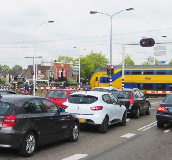 Gemeente Zaanstad wil samen met verschillende partijen het knelpunt Guisweg-spoor-Provincialeweg aanpakken